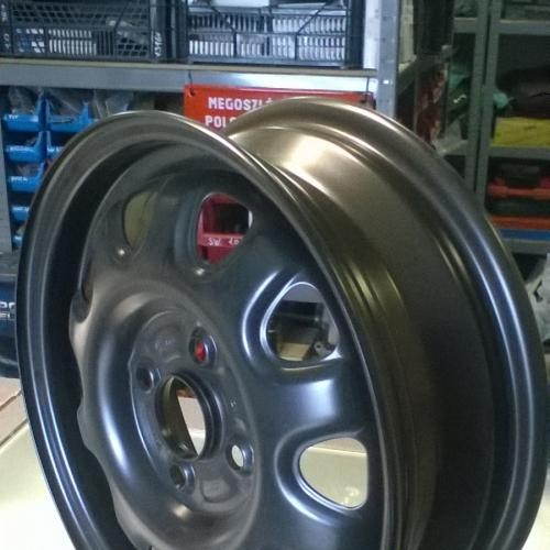 Suzuki Ignis, Wagon R+ Acélfelni 14 fekete 43210-83E10-09L 4 1/2Jx14CH ET45 12900Ft