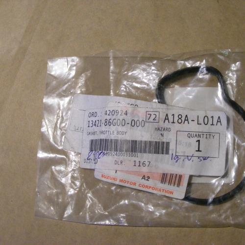 Suzuki Ignis, 2005-2010 Swift Gumi tömítés 13421-86G00-000 Gyári.  2900Ft