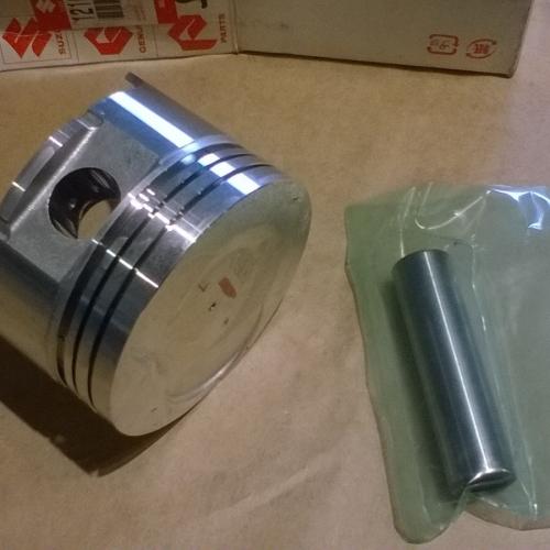 Suzuki Swift Gyári Dugattyú 1.0 12100-61812-0A0 Alap. 15900Ft