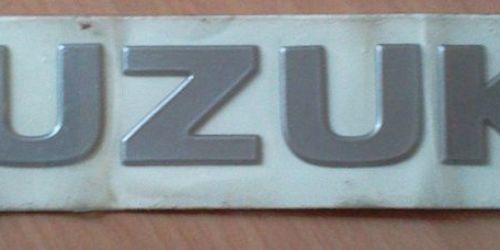 Suzuki Suzuki embléma, felírat, logó 77831-70C80-0HK  Gyári. Ft/db 3900Ft