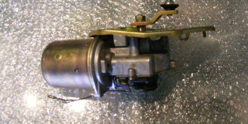 1996-2003 Suzuki Swift - Ablaktörlő motor, mechanika nélkül Az ár darabár! 8000Ft