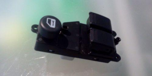 Suzuki Ignis - Bal oldali ablakemelő kapcsoló 37990-86G10 37990-86G20 8000Ft